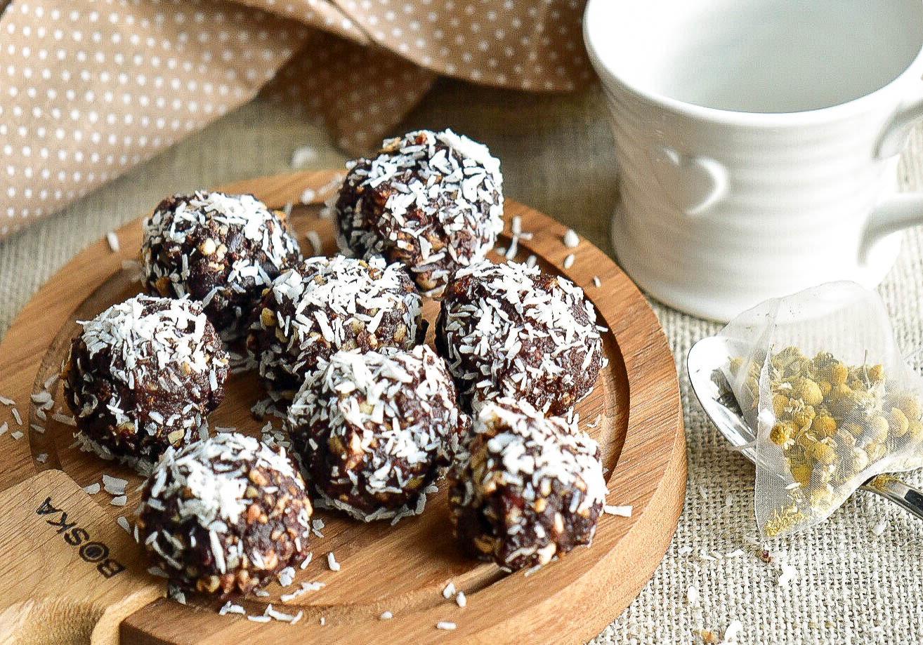 cacao nut trufffels (1 of 1)